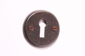 Rozet 50 mm met sleutelgat roest, tinkleur of zwart.