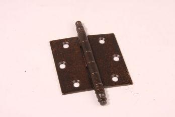 Scharnier roest 76x76mm met sierknop