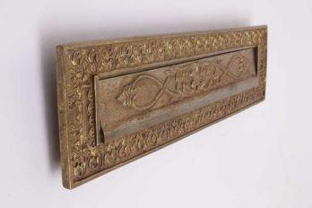 Klassieke brievenbus tochtklep ongeveerd brons antiek 325mm