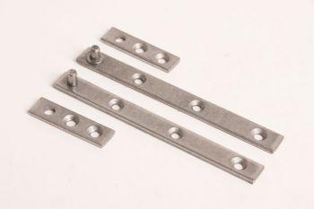 Setje speunen voor 1 deurtje 100mm blank ijzer zowel links als rechts te gebruiken