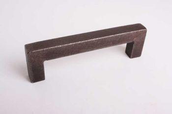 Greep industrieel roest ijzer vierkant 16mm boormaat 96mm of 128mm