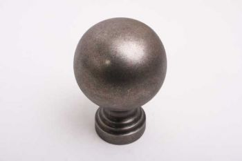 Bol knop rond 60mm met voet zilver antiek