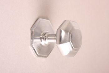 Deurknop geborsteld chroom achthoekig 75mm