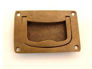 Greep infrees brons antiek, roest of tinkleur 75mm.