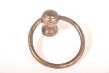 Ringgreep brons antiek 55mm diameter 5mm dik met boutje