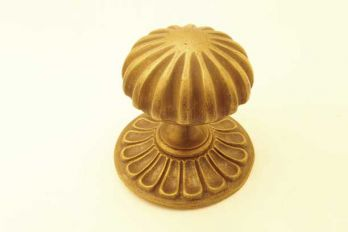 Klassieke voordeurknop brons antiek 80mm