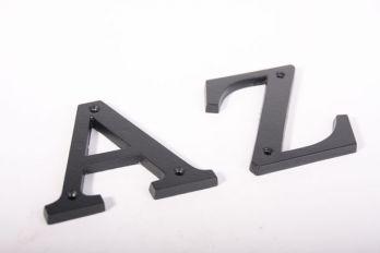 Huisletters zwart letter A-Z , &, @ en - 100mm