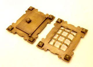 Luikje brons antiek (set) 105x130mm