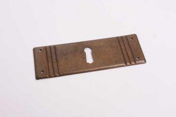 Klassieke sleutelplaat voor meubellades brons antiek dwars 33 mm