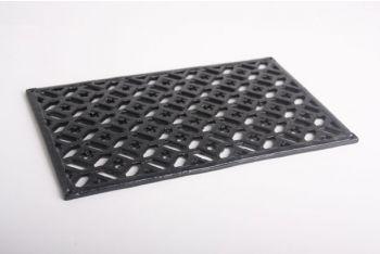 Ventilatierooster gemaakt van gietijzer voor bijvoorbeeld op de buitenmuur/gevel met een zwarte poedercoating. De afmetingen zijn 20cm x 33cm.